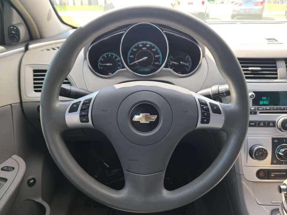 Chevrolet Malibu 2008 White