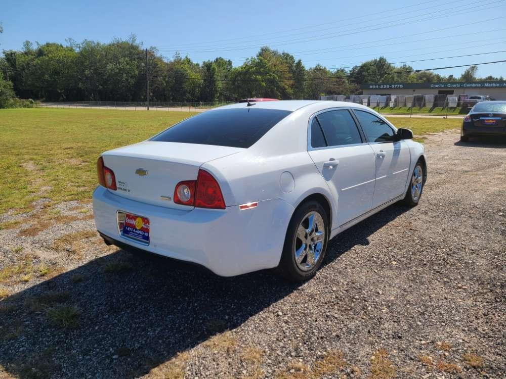 Chevrolet Malibu 2011 White