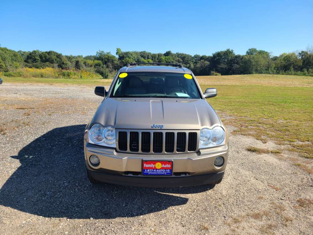 Jeep Grand Cherokee 2005 Gold