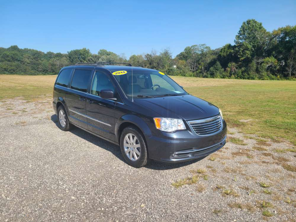 Chrysler Town & Country 2014 Black
