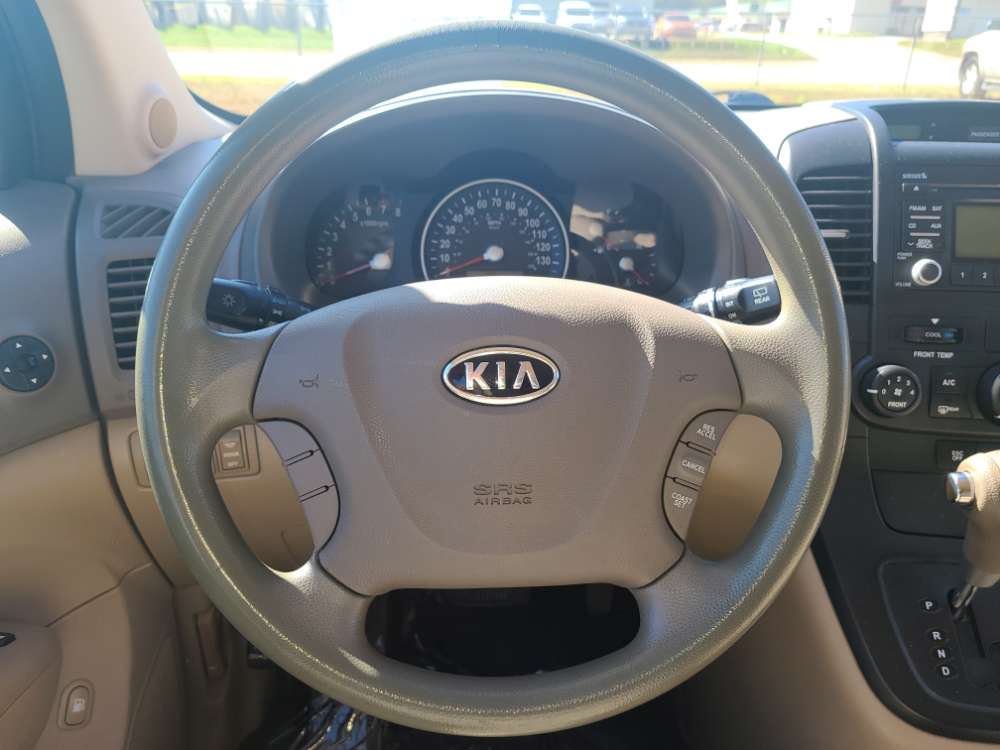 Kia Sedona 2009 White