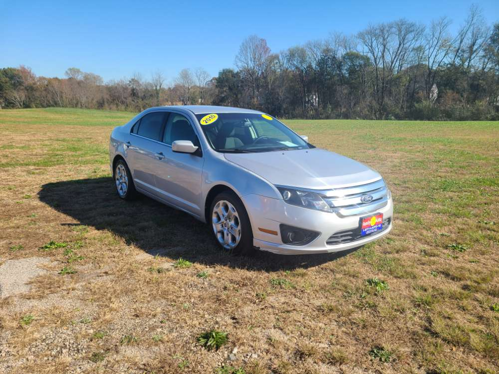 Ford Fusion 2010 Silver