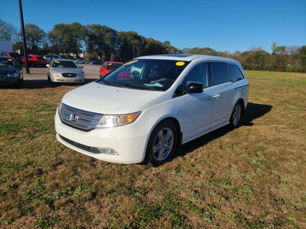 Honda Odyssey 2011 White