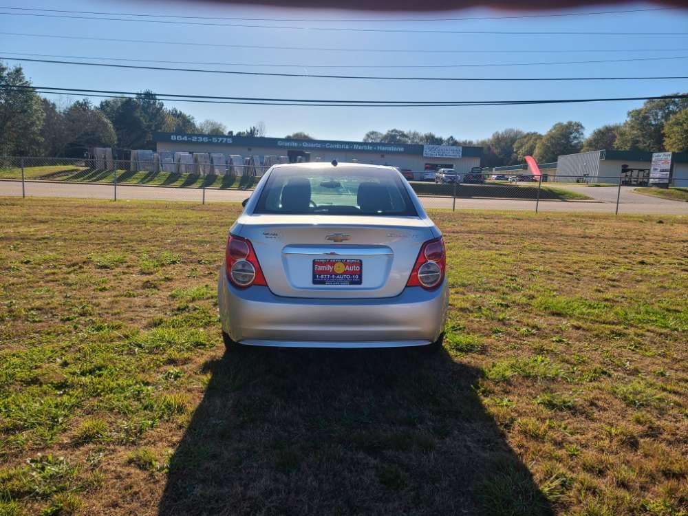 Chevrolet Sonic 2014 Silver