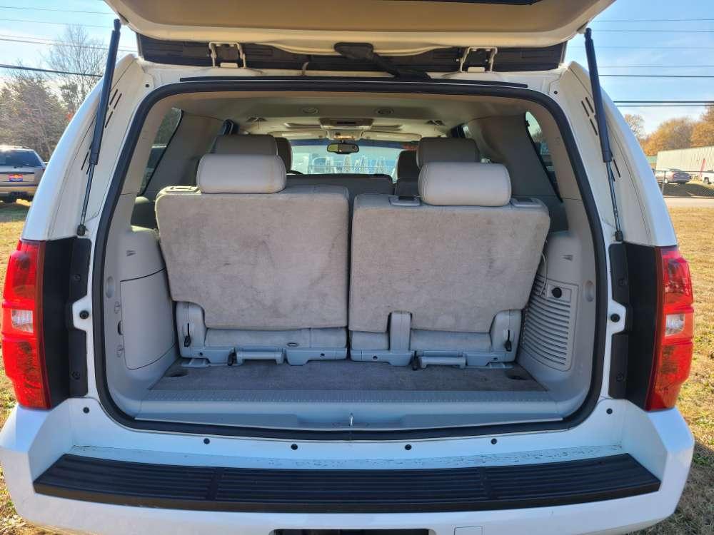 Chevrolet Tahoe 2007 White