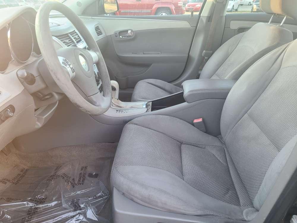 Chevrolet Malibu 2011 Gray