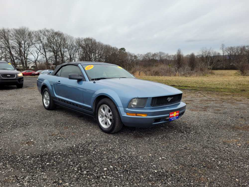 Ford Mustang 2006 Blue