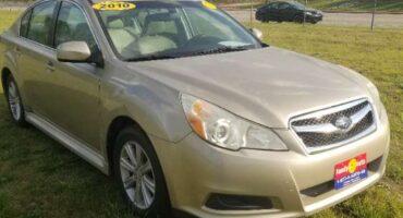 Subaru Legacy 2010 Gold