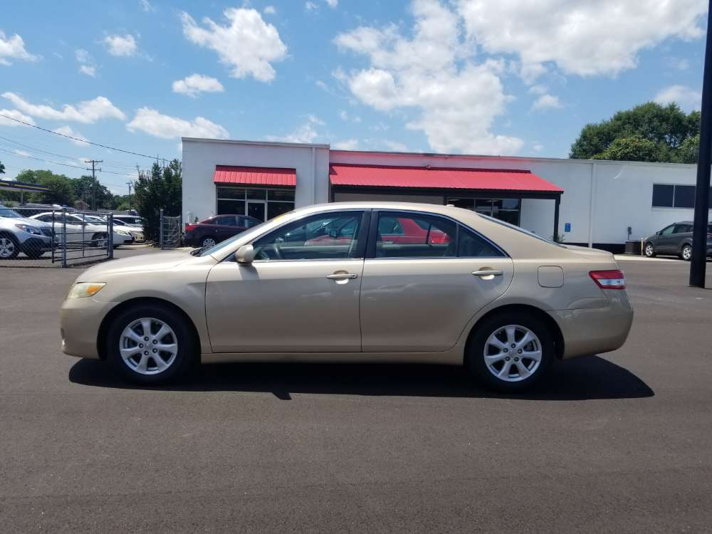 Toyota Camry 2011 Gold