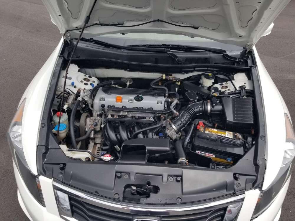 Honda Accord 2009 White