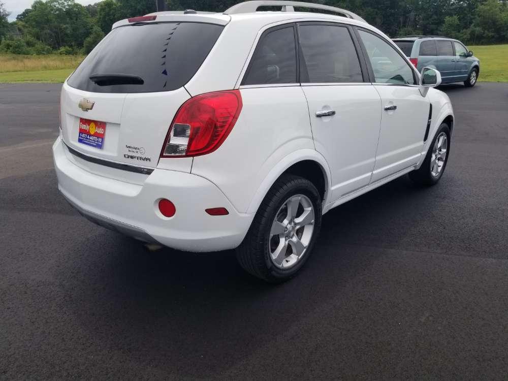 Chevrolet Captiva Sport 2015 White